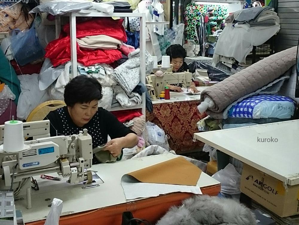 東大門総合市場の縫製店