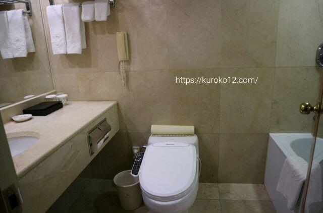 セジョンホテルのバスルームの画像